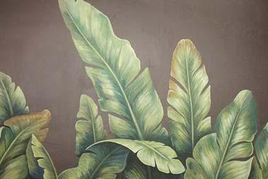 Esta imagen muestra un mural de graffiti profesional exótico con un bodegón de plantas selváticas