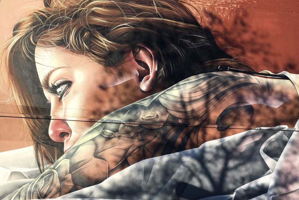 Esta fotografía nos muestra un ejemplo de graffiti realista realizado por pintores de graffiti profesionales en Madrid
