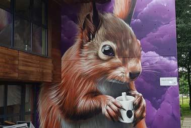 Esta imagen muestra un ejemplo de graffiti de animales y naturaleza